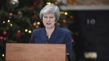 İngiltere Başbakanı May güven oyu aldı