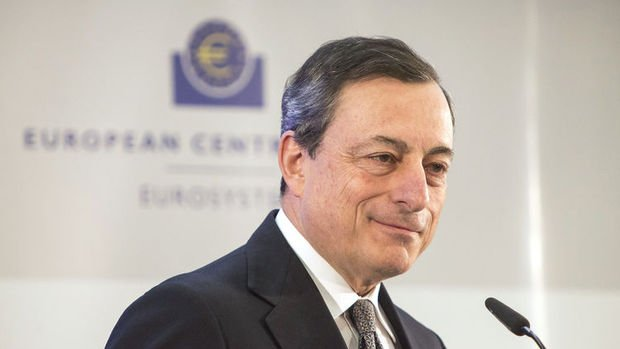 AMB/Draghi: Riskler dengesi aşağı yönlü hareket ediyor