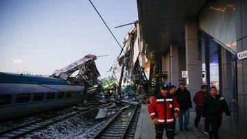 Ankara'daki tren kazasıyla ilgili tutuklular adliyeye sev...