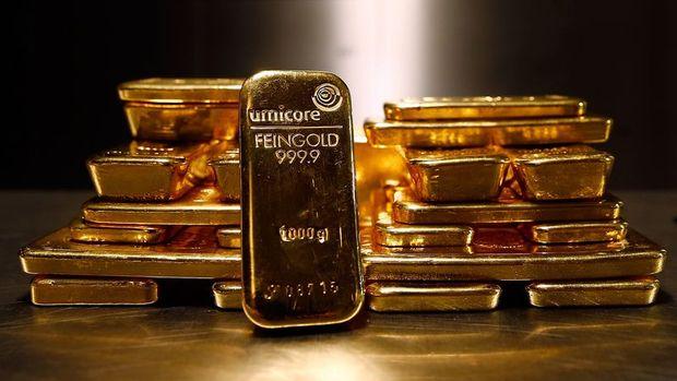 Altın hisse senetlerindeki satış dalgasıyla kazancını korudu