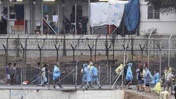 'Yunanistan, göçmenleri düzenli olarak Türkiye'ye geri it...
