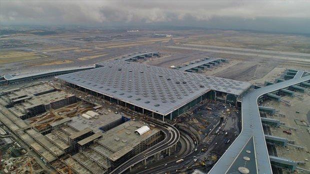 'İstanbul Havalimanı'na taşınma kademeli olacak'