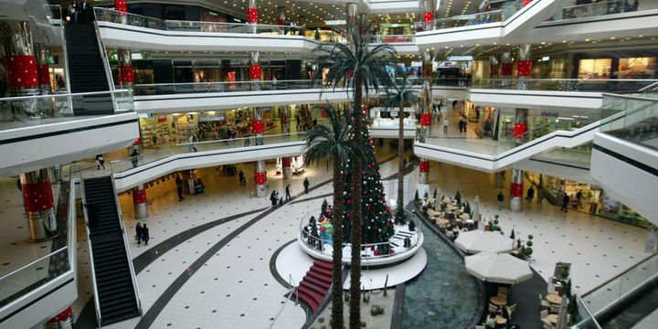 Alışveriş merkezlerinden 130 milyar TL ciro