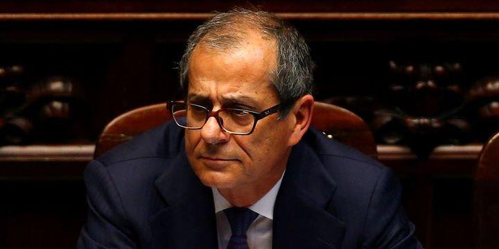 İtalya Maliye Bakanı: İtalya resesyonda değil stagnasyonda