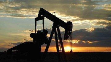 """Petrol """"ABD stoklarında düşüş"""" iyimserliği kayıplarını du..."""