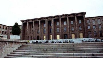 Ekonomi alanında düzenlemeler içeren teklif Genel Kurul'd...