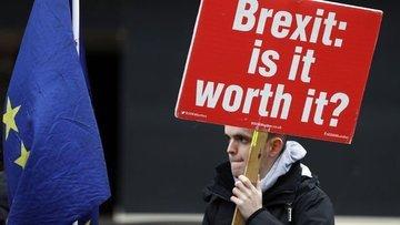 İngiltere Brexit'i ertelemeyi düşünmediği belirtildi