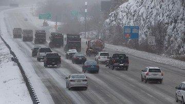 ABD'de kar fırtınası hayatı olumsuz etkiliyor