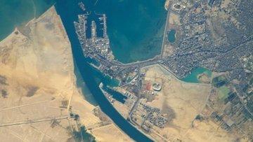 Süveyş Kanalının geliri 2018de yüzde 7,5 arttı