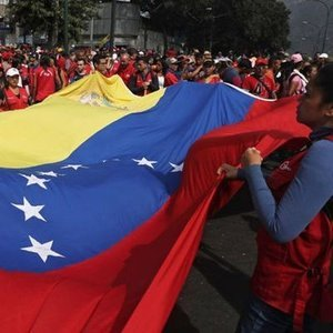 VENEZUELA ABD İLE DİPLOMATİK İLİŞKİLERİ KESİYOR