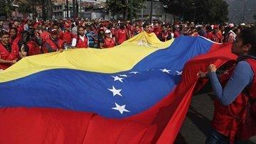 Venezuela ABD ile diplomatik ilişkileri kesiyor