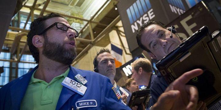 """Küresel Piyasalar: Hisse senetleri """"teknoloji"""" ile yükseldi, dolar düştü"""