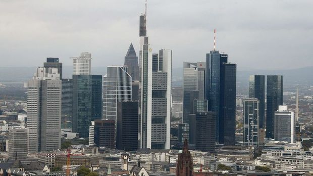Almanya'da Ifo güven endeksi Ocak'ta 3 yılın düşüğüne geriledi