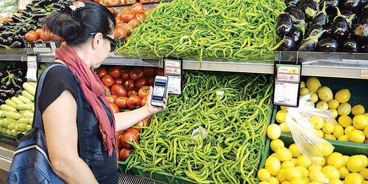 Zincir marketler bir süreliğine patlıcan ve biber satmama kararı aldı