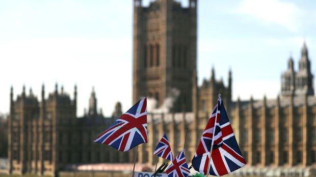 İngiliz hükümeti Brexit müzakerlerini yeniden açmak istiyor