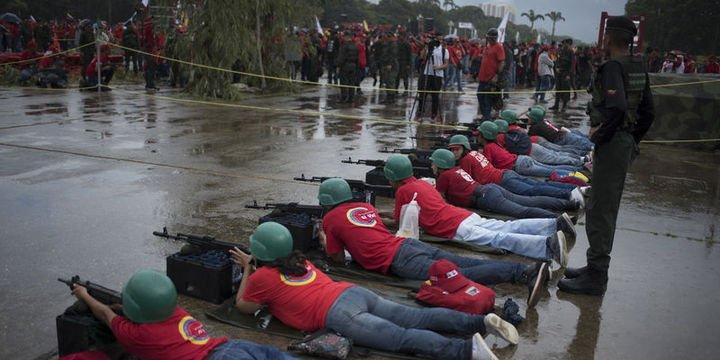 Venezuela ordusu, 5 gün sürecek askeri tatbikata başladı