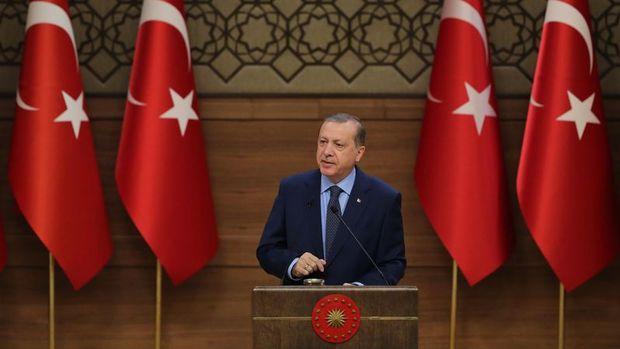 Erdoğan: Fiyatlar yarıya inmeye başladı, daha da inecek