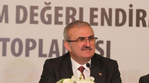 Antalya Valisi: Turizmin yüzde 20-25 bandında büyüyeceğini varsayıyoruz