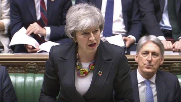 May'den Brexit'i geciktirmesi, ya da ikinci referanduma gitmesi talep edildi