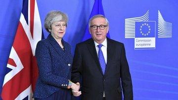 """May """"Brexit"""" için Juncker ile görüşecek"""
