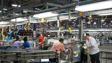 ABD'de imalat PMI Şubat'ta 17 ayın en düşük seviyesine ge...