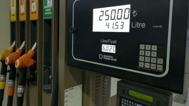 Benzine ve motorine zam bekleniyor