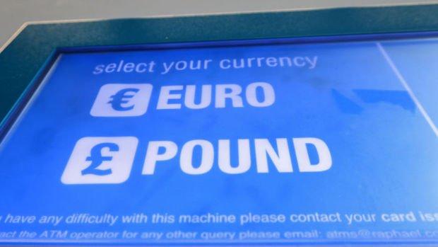 Sterlin euro karşısında 21 ayın zirvesine tırmandı
