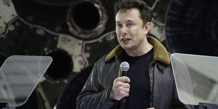 Tesla tüm perakende satış noktalarını kapatıyor