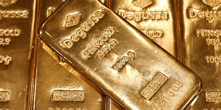 """Altın """"ticaret"""" iyimserliği ile 5 haftanın en düşüğü yakınlarında"""