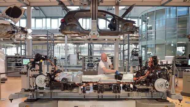 Almanya'da sanayi üretimi Ocak'ta düştü