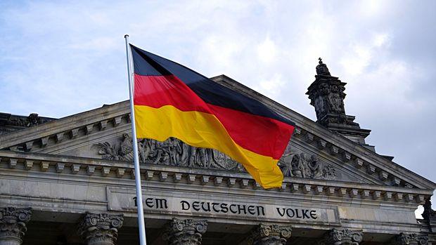 Ifo Almanya'nın büyüme tahminini düşürdü
