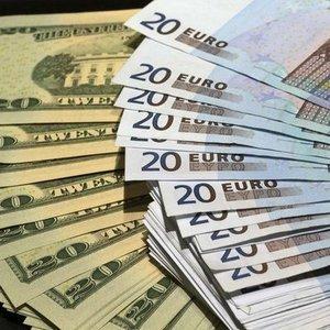 EURO/DOLAR PMI VERİLERİNİN ARDINDAN SERT DÜŞTÜ