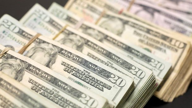Dolar/TL 5.70'in üzerine yükseldi