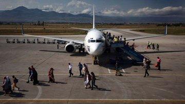 Bakan Ersoy: Antalya'da turist hedefi 20-25 milyonlara do...