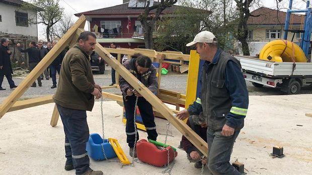 Zonguldak'ta eski muhtarın yıktığı park yeniden yapıldı
