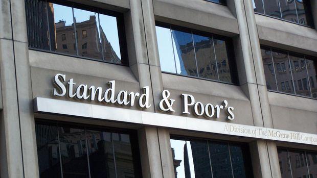 S&P: Türk özel sektörü borç çevirmenin üstesinden gelebilecek gibi