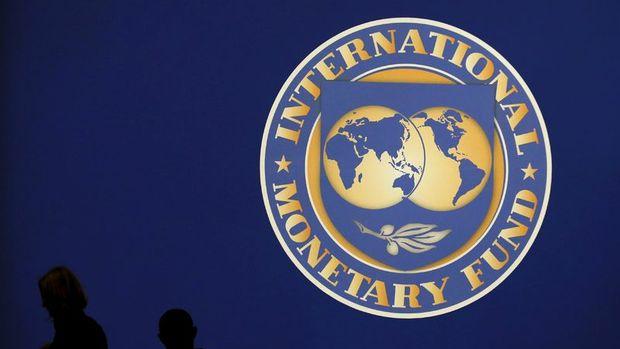 IMF: Türkiye 2019'da yüzde 2.5 küçülür, 2020'de yüzde 2.5 büyür