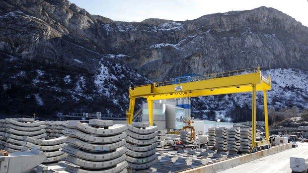 Euro Bölgesi'nde inşaat üretimi Şubat'ta arttı