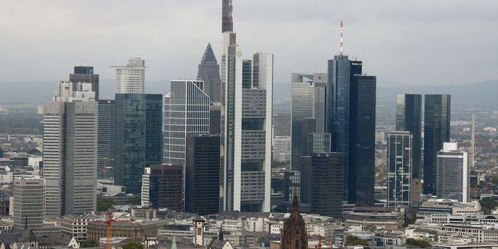 Almanya 2019 büyüme tahminini düşürdü