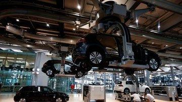 Almanya 'da imalat PMI 2. çeyrek başında daralmayı işaret...