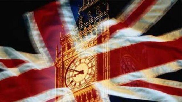 İngiltere'nin kamu borçlanması 17 yılın en düşük seviyesinde
