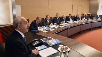 Kılıçdaroğlu CHP'li 11 büyükşehir belediye başkanı ile gö...
