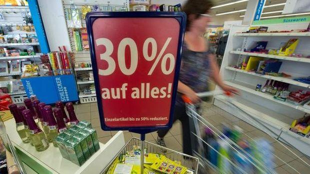 Almanya'da perakende satışlar yıllık yüzde 2,1 düştü