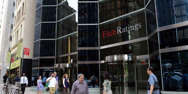 Fitch: Türk hükümetinin kamu bankalarını desteklemek için güçlü bir eğilimi bulunuyor