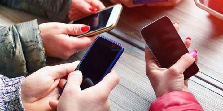 Yurtdışından cep telefonu getirme süresi 2 yıldan 3 yılda bire çıkarıldı