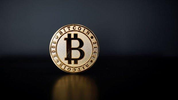 Bitcoin sert düştü