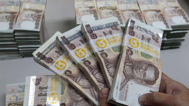 Asya'da gelişen ülke para birimleri düşüşünü sürdürdü