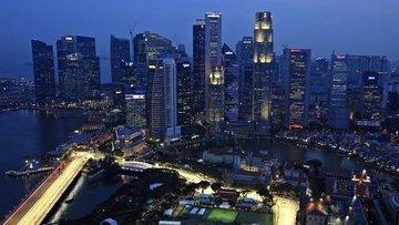 Singapur ilk çeyrekte beklentilerin üzerinde büyüdü