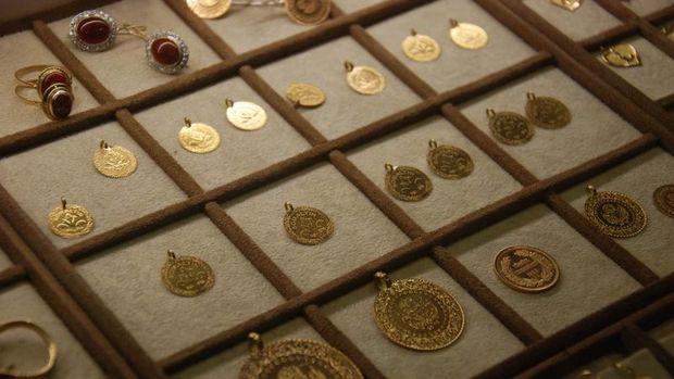 Gram altın 248 lira seviyelerinde