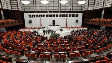 Yeni askerlik sistemiyle ilgili kanun teklifi Meclis'e su...